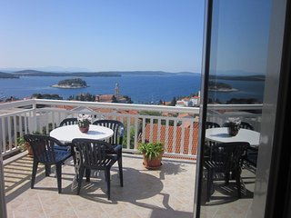 Apartmani Krešić Hvar,Croatia Double room with terrace with seaview ( R1)