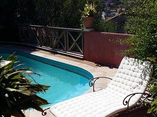 T2 Rez-de-jardin piscine - 4 personnes Maxi