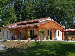Vakantiegevoel ! Villa Pepy (Dordogne / Lot) Vrijstaand-gelijkvloers-Perfect !!, Salviac