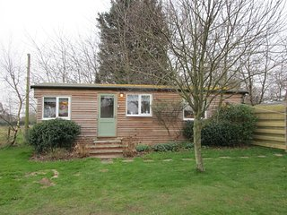 The Cabin, Buttercup Barn Retreats located in Wootton Bridge, Isle Of Wight