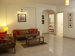 'Jaipur Apartment Stays'- 2BHK Apt- Private Secluded Central Leafy Civil Lines