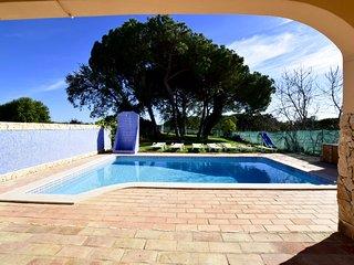 Villa 3 Bedr Swimmingpool NL 5 min beach