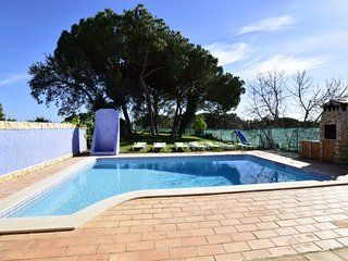 Villa 3 Bedr Swimmingpool NL 5 min beach