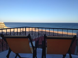 4 Bedr House Oldtown 1 min to beach P, Albufeira