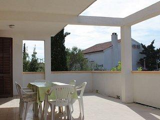Apartment for 5 people | Novalja center