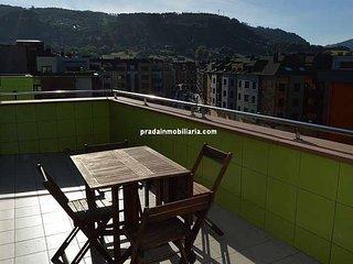 atico con terraza ideal para vacaciones