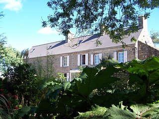 Chambre d'hôte 'Au fil de l'eau'      Domaine du Mont Roulet