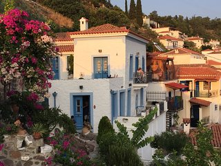 Beautiful renovated historical house in Poros town