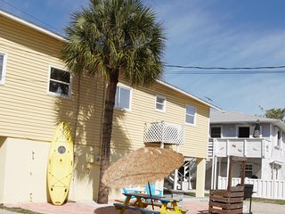 Fully Remodeled Vacation Rental Anna Maria Island, Holmes Beach