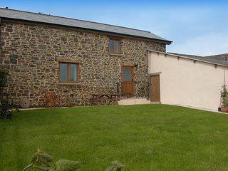 WOODB Barn in Crediton, Cheriton Fitzpaine
