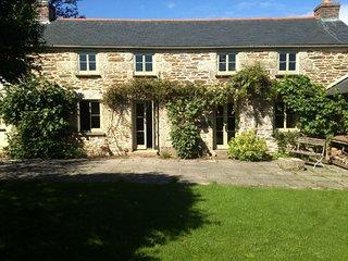 NANYE Cottage in Falmouth
