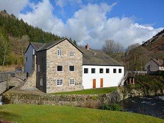 42582 House in Llangollen, Glyn Ceiriog