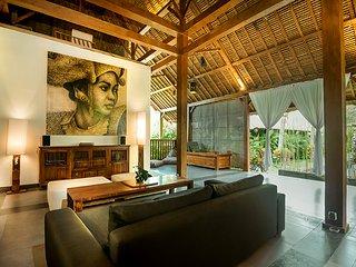 karmagali boutique suites : bungalow kayu 2 bedrooms