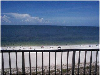 APOLLO Beachfront Condo what a view!!