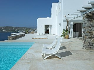 Villa In Mykonos Wıth Prıvate Pool For 10 Pax - GR204