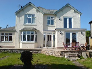 4* rural idyll near Cartmel. Fabulous countryside and sea views. Pet friendly