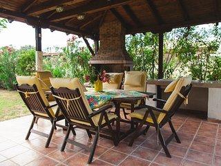 R70 Spacious apartment with excellent garden., Nea Potidea