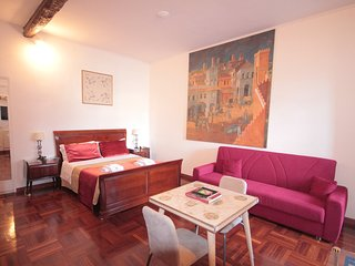 Sant'Onofrio Apartment: 3 mins to the Vatican