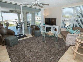 Magnolia House Condominium 112