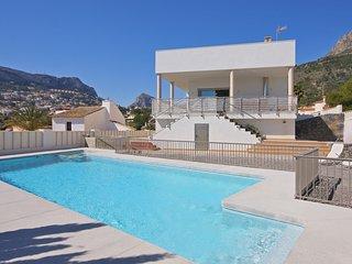Villa Drago-  Modern villa with pool in a quiet location., Calpe