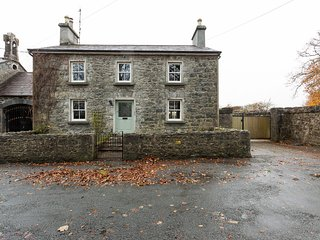 Large comfortable home 15 minutes drive from Galway City