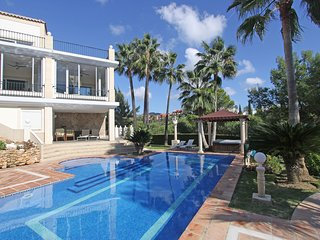LUXURY Family VILLA 740M2 LIVING Area 3 Terrrace sleeps 13 Panorama View Jacuzzi
