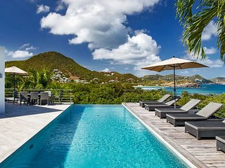 St Barts Endless Ocean Views Modern Luxury Villa with Infinity Pool, St. Jean