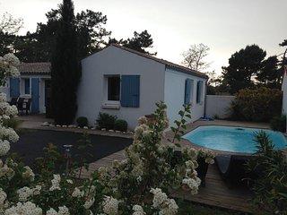 villa 6 pers, climatisée calme piscine privee proche plage et commerces, Le Grand-Village-Plage