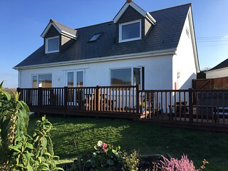 Cottage (sleeps 8) near Padstow lovely with views, hot tub, parking, WiFi, dog