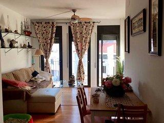 Apartamento + terraza / solarium privado en el centro y delante de la playa