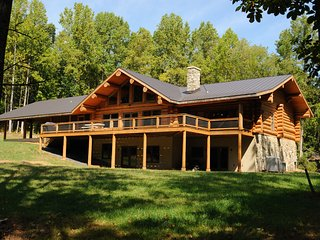 Poe's Lodge: 25 acres, VA wine country, total privacy!, Amissville