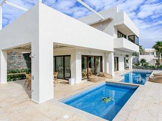 Villa Unica