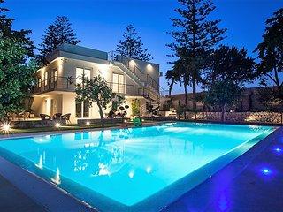 Villa Gardenia con piscina