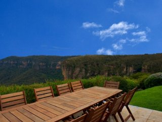 Omaroo Lodge - Luxury Accommodation in the Blue Mountains, Katoomba