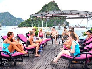 Halong fantasea cruise, Halong Bay