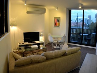 1 Bdr Apt - City Views *FREE TRAM ZONE*