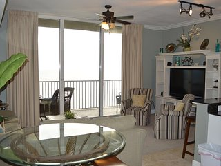 Penthouse Beach Condo- Spectacular Views, Your Home Away from Home!