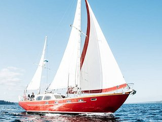 Sail Bainbridge - Elegant Stay & Sail - Breakfast Included!