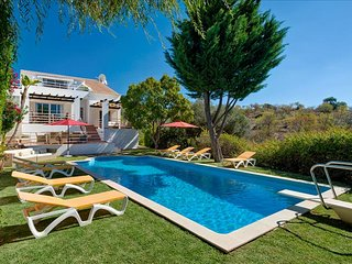 Villa dos Barrancos - Ideal property set in a peaceful location with great