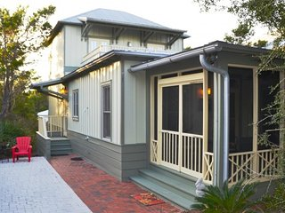 Beautiful Vacation Home in Seacrest Beach ~ Close to Beach, Shops & Restaurants!