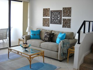 'Pelican Place' - Rates are all inclusive - Fabulous & Fun Townhouse!
