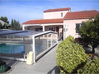 Bright villa in Argelès with pool