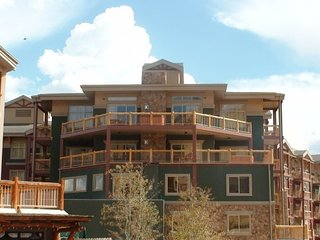 Ski in/out Luxury 9th Floor Brand New Park City