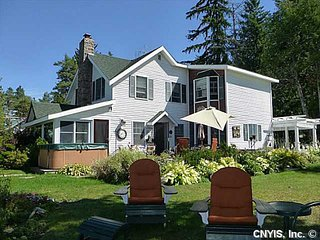 Waterfront Thousand Island Vacation Home, Ogdensburg