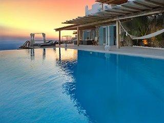 Blue Villas | Atalanta | Sports, Ciudad de Míkonos