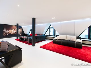 Lord of Ghent*****, luxurious loft in historical Ghent