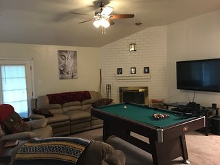 2 Private Rooms 7 Miles from NRG/Downtown/Galleria, Stafford