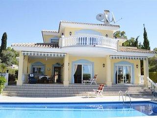 Belle villa vue mer avec Piscine