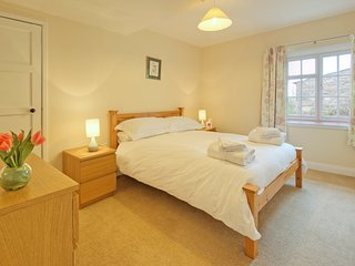 Skylark Cottage, pet friendly farm cottage outside Berwick-upon-Tweed