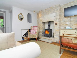 Bakers Cottage is at the end of a row of traditional Cotswold stone cottages, Minchinhampton